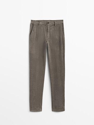 Pantalón pana lavada jogger fit