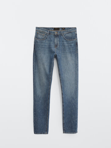 Stonewashed casual fit jeans