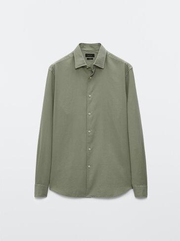 Slim-Fit-Hemd aus reiner Baumwolle
