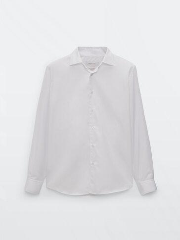 Slim-fit-hemd aus baumwollserge