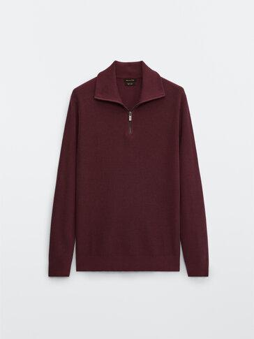 Памучен пуловер с висока яка със закопчаване с цип