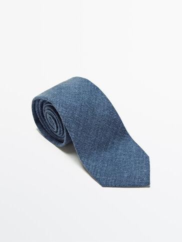 Printed 100% wool tie