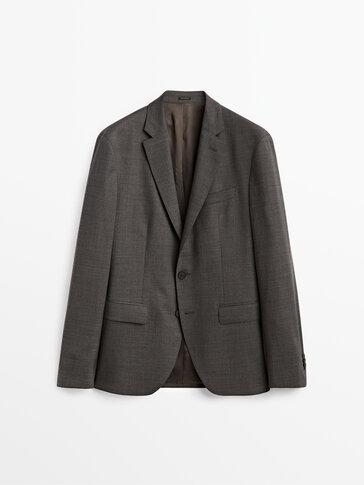 100% wool comfort fit blazer