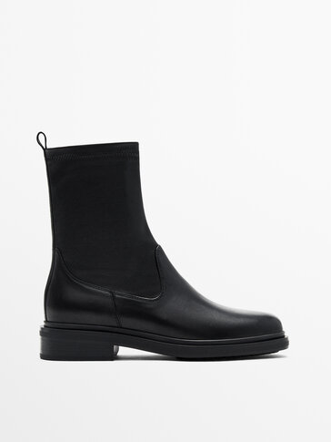 FLAT SOCK ANKLE BOOTS