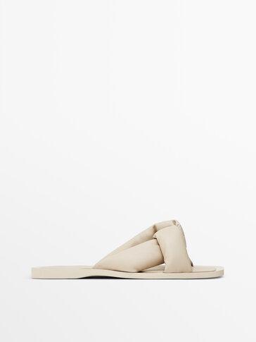 Ecru leather flat sandals
