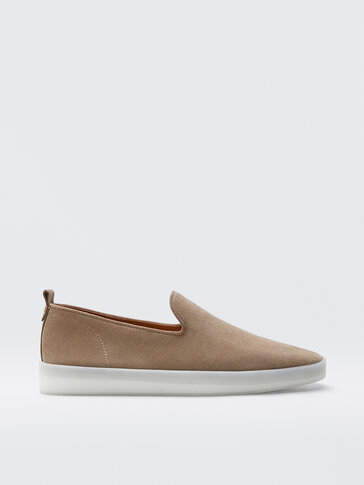 Sand-coloured leather sporty loafers