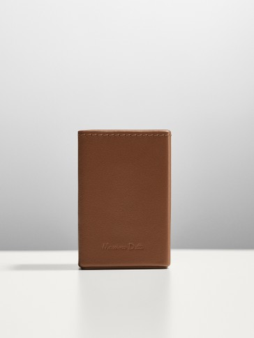 Leather perfume case