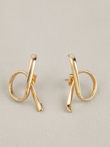 Gold-plated bow earrings