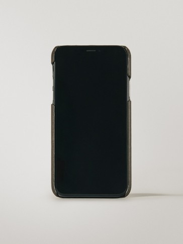 Leather iPhone X/XS case with card slot