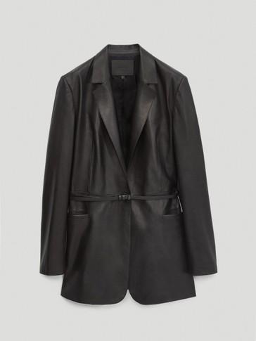 Crni sako od napa kože s pojasom