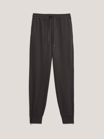 Jogging trousers with zip detail