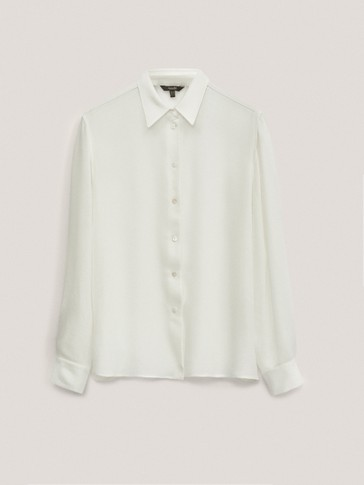 Plain shirt made of warm fabric