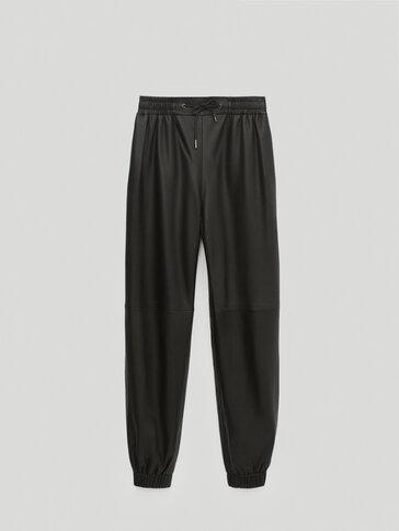 Черные брюки-джоггеры из кожи наппа