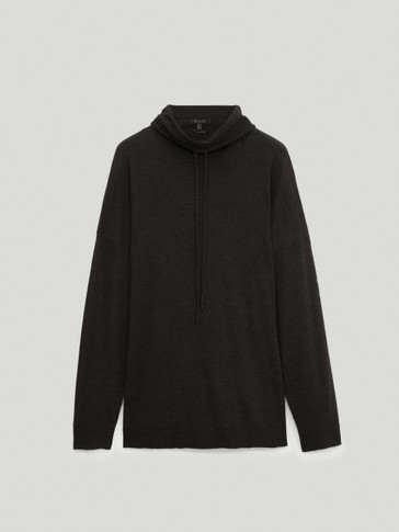 Total Look shawl neck sweater