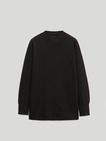 울 퍼널넥 스웨터