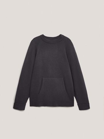 Pullover oversize con tasca