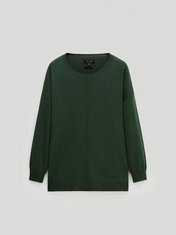 Crew neck sweater with central seam
