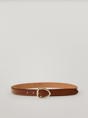Leather belt with triangular buckle