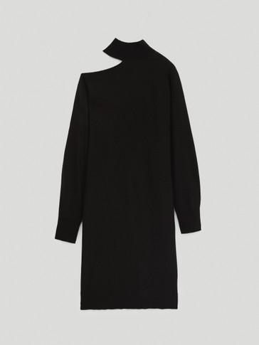 Robe en maille à épaule asymétrique