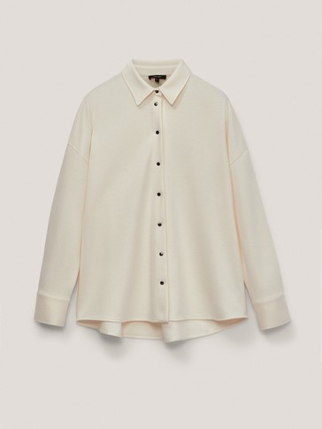 Overshirt with snap-button fastening