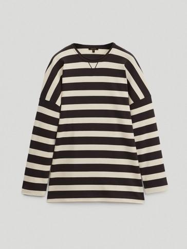 100% cotton crossover sweatshirt