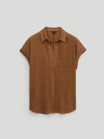Linen polo shirt featuring shirt collar