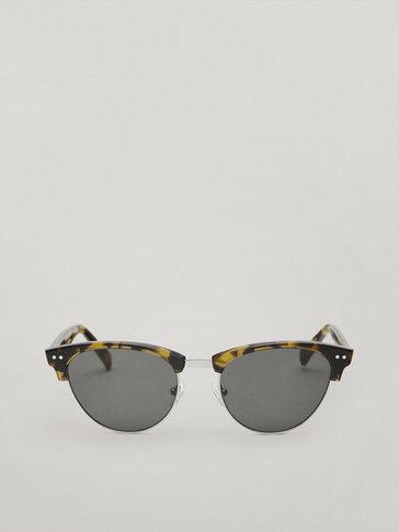 Metalen zonnebril met schildpadmotief montuur