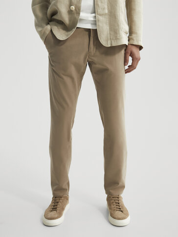 Pantalón chino slim fit