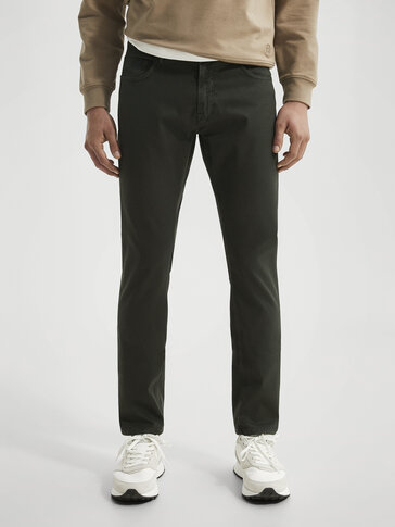 Slim-fit bukse i cotton med denimeffekt