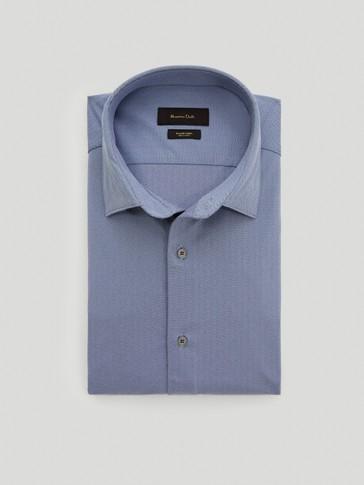 Slim-fit herringbone shirt