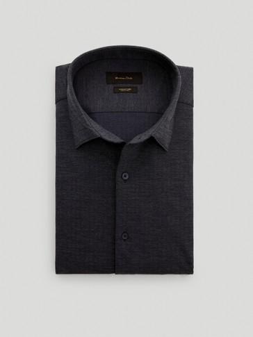 Košulja slim kroja s uzorkom riblje kosti