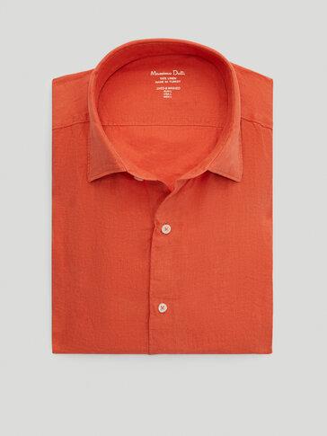 Рубашка облегающего кроя из 100% крашеного льна