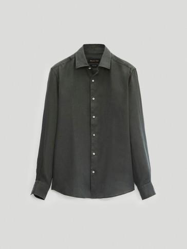 Рубашка облегающего кроя изо льна
