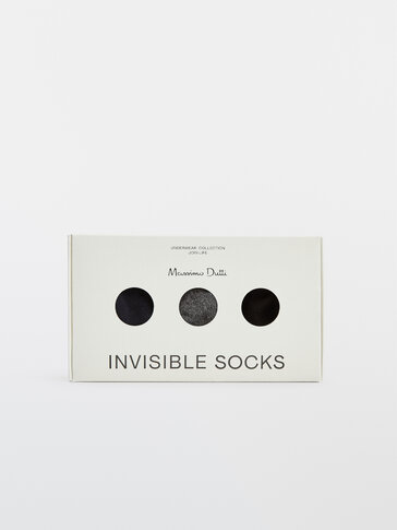 Pack of no-show colour block socks