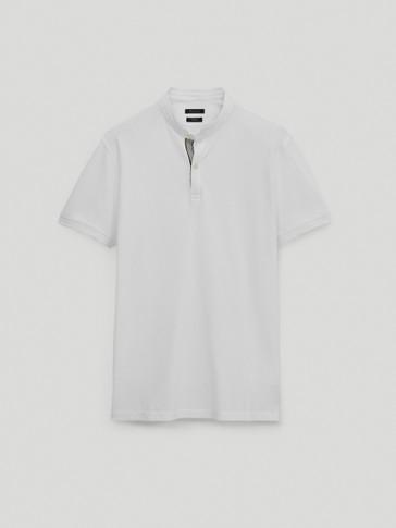 قميص بولو بأكمام قصيرة من القطن وطوق ثابت