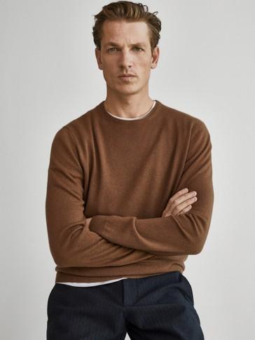100% cashmere crew neck sweater