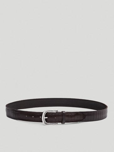 Leather belt with seamed detail