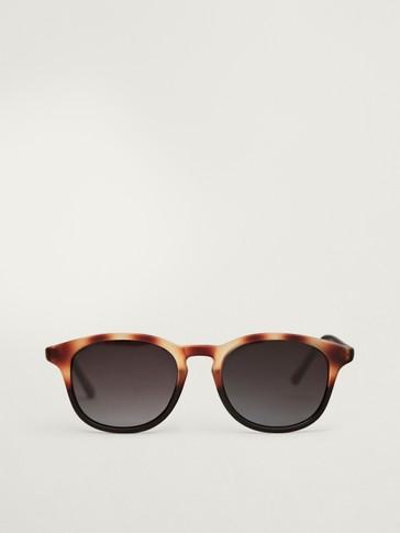 Sunčane naočale od imitacije kornjačevine