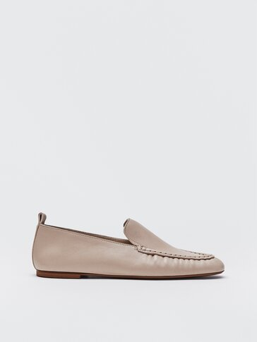 Ecru leather loafers with gathered detail