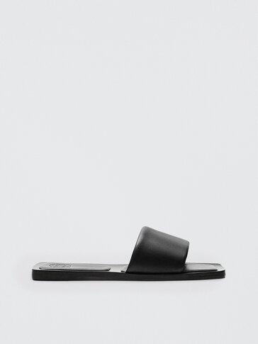 Sepatu sandal kulit hitam quilted