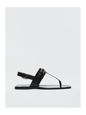 BLACK LEATHER SANDALS WITH BUCKLE