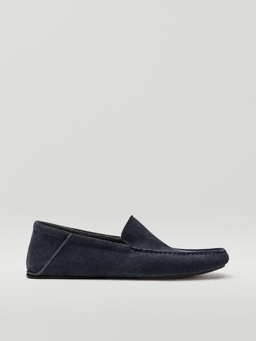 Chaussons homewear bleues en croûte de cuir