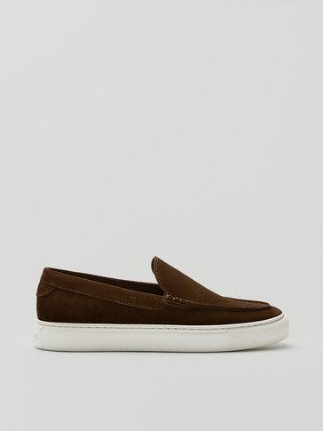 Sepatu pantofel suede belah cokelat sporty