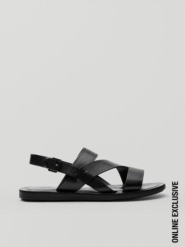 Juodos odinės basutės su dirželiais