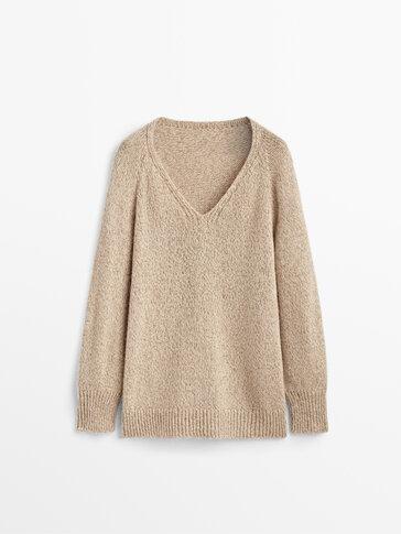 V-neck sweater with metallic thread