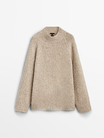 Chunky-knit cape sweater